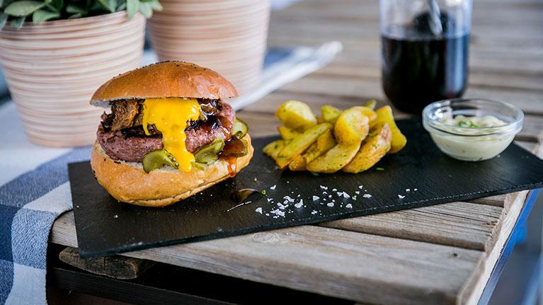Burger-beef-&-ribs-yecla33