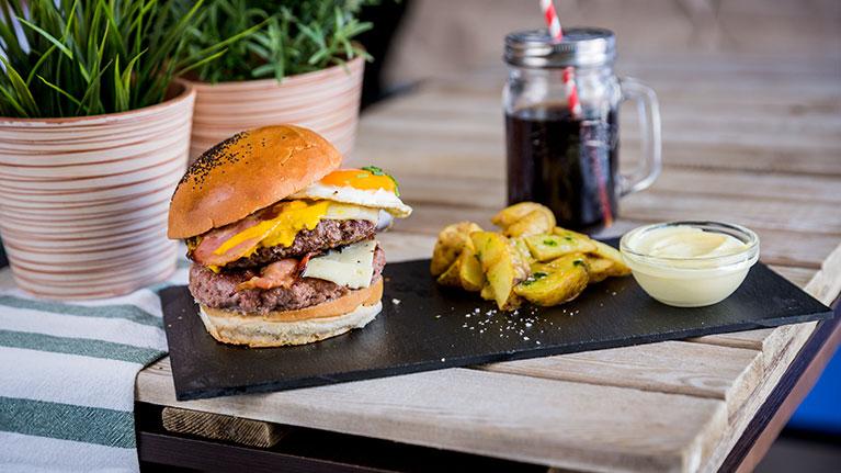 Burger-grandiosa-yecla33