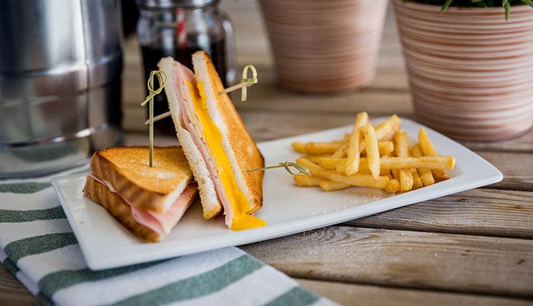 Sandwich-mixto-yecla33