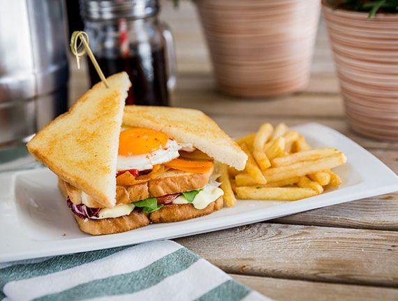Sandwich-vegetal-huevo