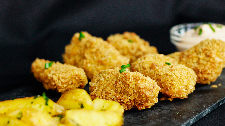 Nuggets de Seitán de Yecla33 con patatas fritas y salsa